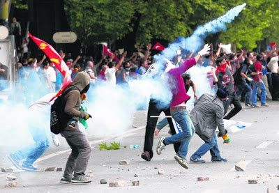 Penunjuk perasaan tuntut pengunduran PM Erdogan