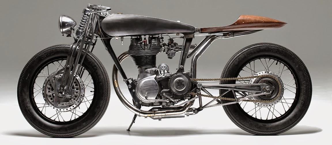 Wallpaper Motor Antik