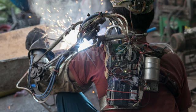 Foto I Wayan Sutawan Iron Man Indonesia