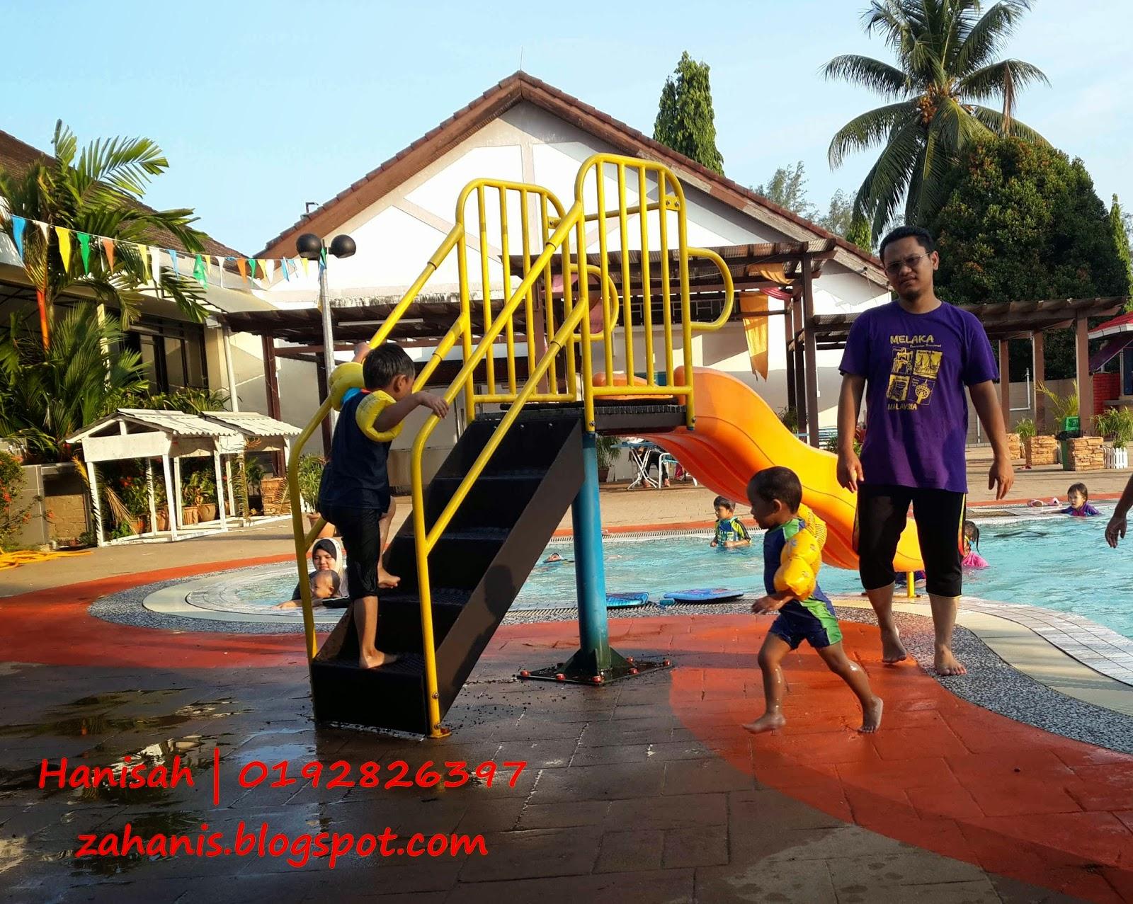 kids main air - hujung minggu