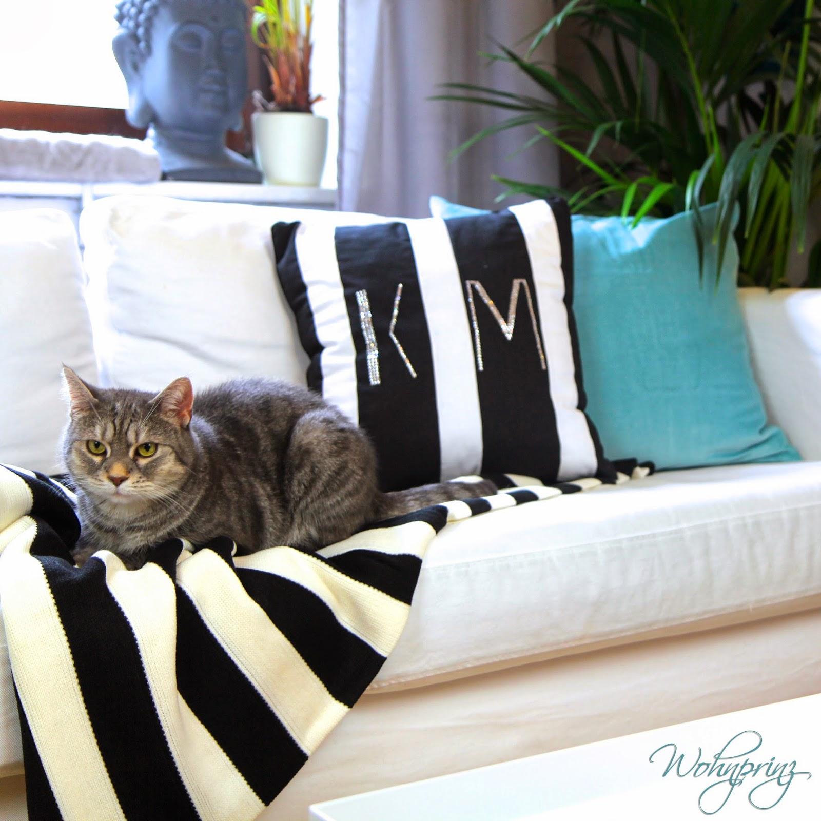 bastian der wohnprinz wohnblogger im videoformat schwarz wei deko schwarz wei kombinieren. Black Bedroom Furniture Sets. Home Design Ideas