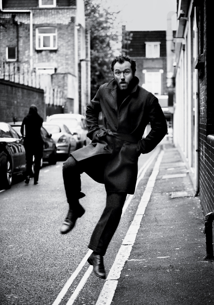 The Sharper Jude Law For The New York Times T Style Magazine Men S Fashion Winter 2012