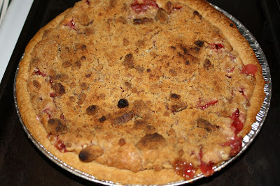 Family, Food & Travel: Strawberry Rhubarb Sour Cream Pie
