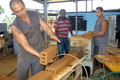 Trabalho escravo nas prisões-empresas estatais cubanas