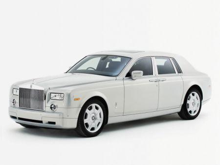 http://1.bp.blogspot.com/-FDduJh8sgnA/Tiu-m4UGKNI/AAAAAAAAAT8/KkYHVii6mLg/s640/Rolls+Royce+Phantom_2.jpg