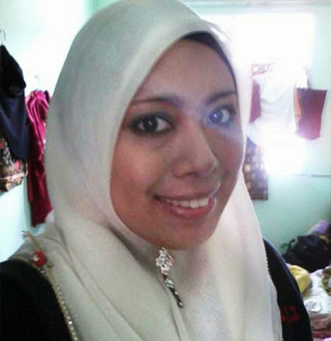 Gambar Bogel Tante Siti Bertudung Putih Putingnya Hitam   gambarmelayuboleh.org