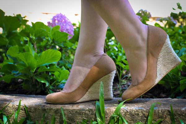 Sapato: Scarpin nude de couro Manoela Mendonza