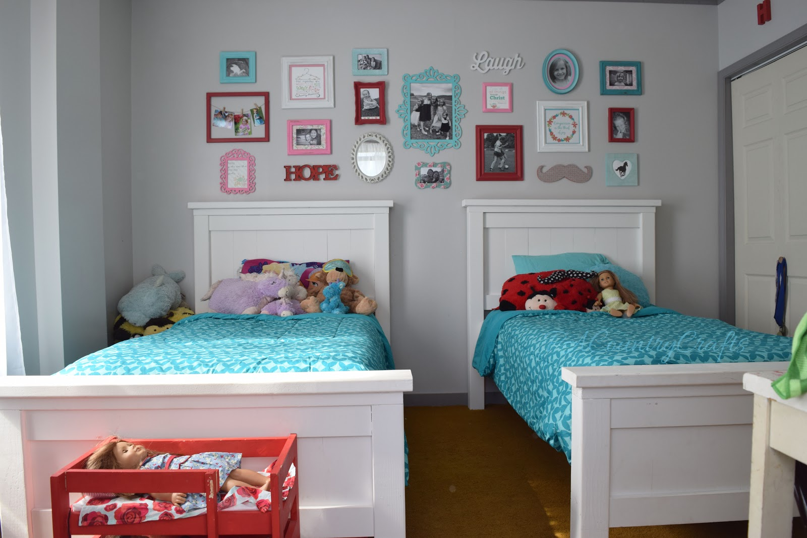 white twin bed. Ana White Farmhouse Twin Beds October 7, 2015 \u2013 Posted In: Furniture, Home Decorating, Woodworking Bed