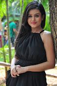 Mishti Chakraborthy latest sizzling pics-thumbnail-3