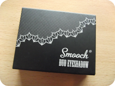 Smooch eyeshadow duo box