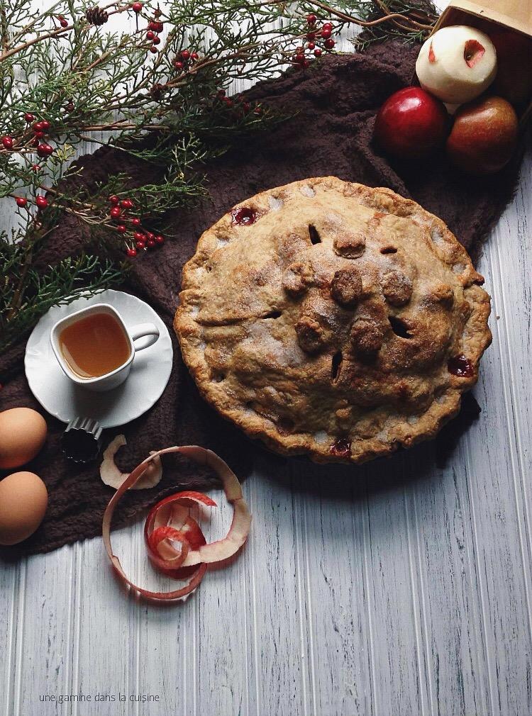 mile-high apple cranberry pie | une gamine dans la cuisine