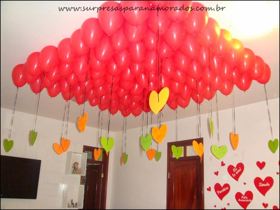 balões no teto para namorado