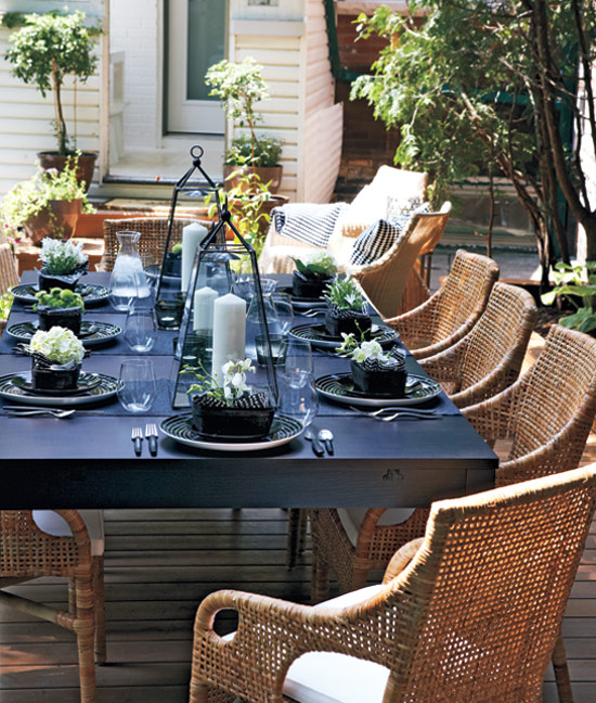 Modern Mindy: Chic Outdoor Entertaining