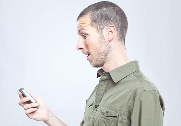 إليك 8 أدوات غريبة تحول هاتفك الذكي إلى جهاز خارق !
