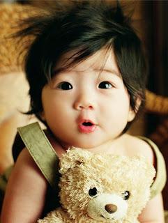 Foto Bayi Lucu Imut Gemesin Banget