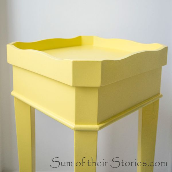 Easy table makeover with spray paint