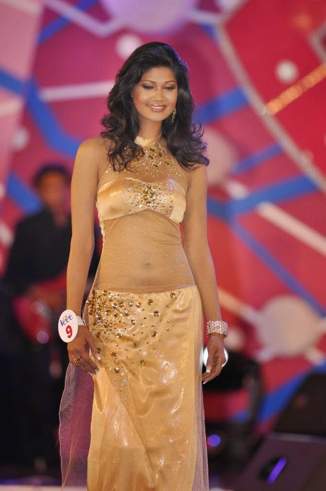 Sumudu Prasadini on her way to the Miss Sri Lanka 2012 title