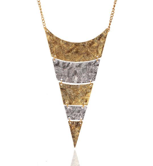 http://www.stylemoi.nu/geometric-layered-plate-bib-necklace.html?acc=380