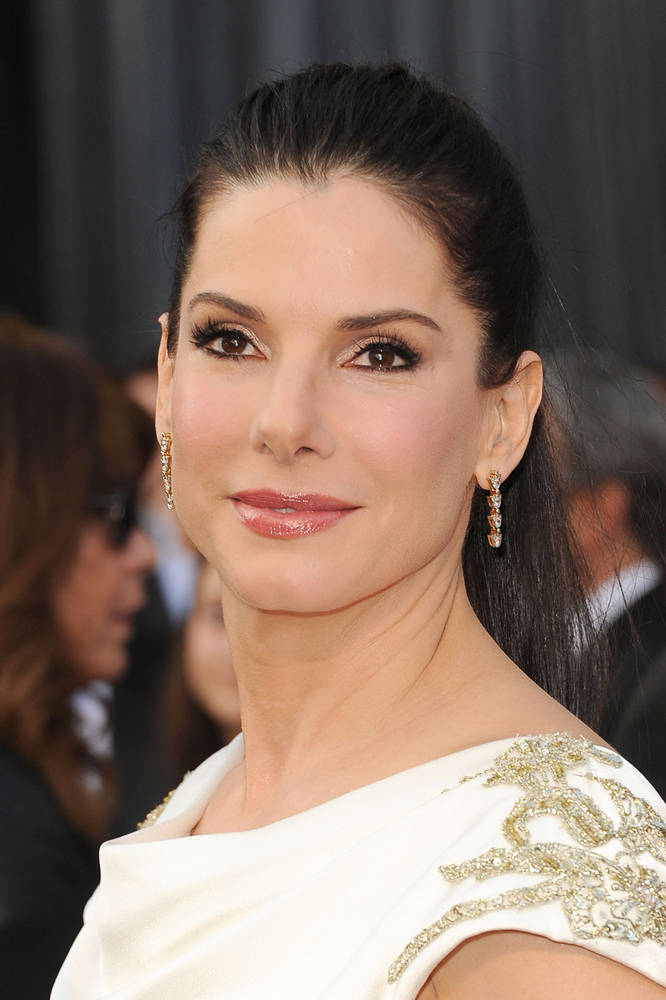 hollywood-stars-sandra-bullock-actress-profile-images-2012