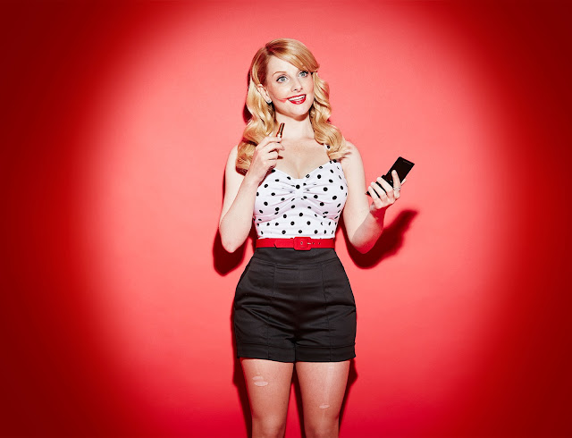 Actress, @ Melissa Rauch - The Stndrd Magazine