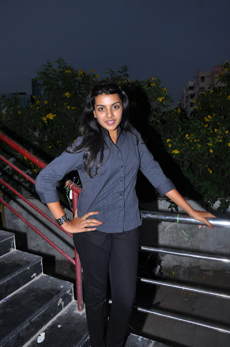 divya nagesh from , divya new latest photos