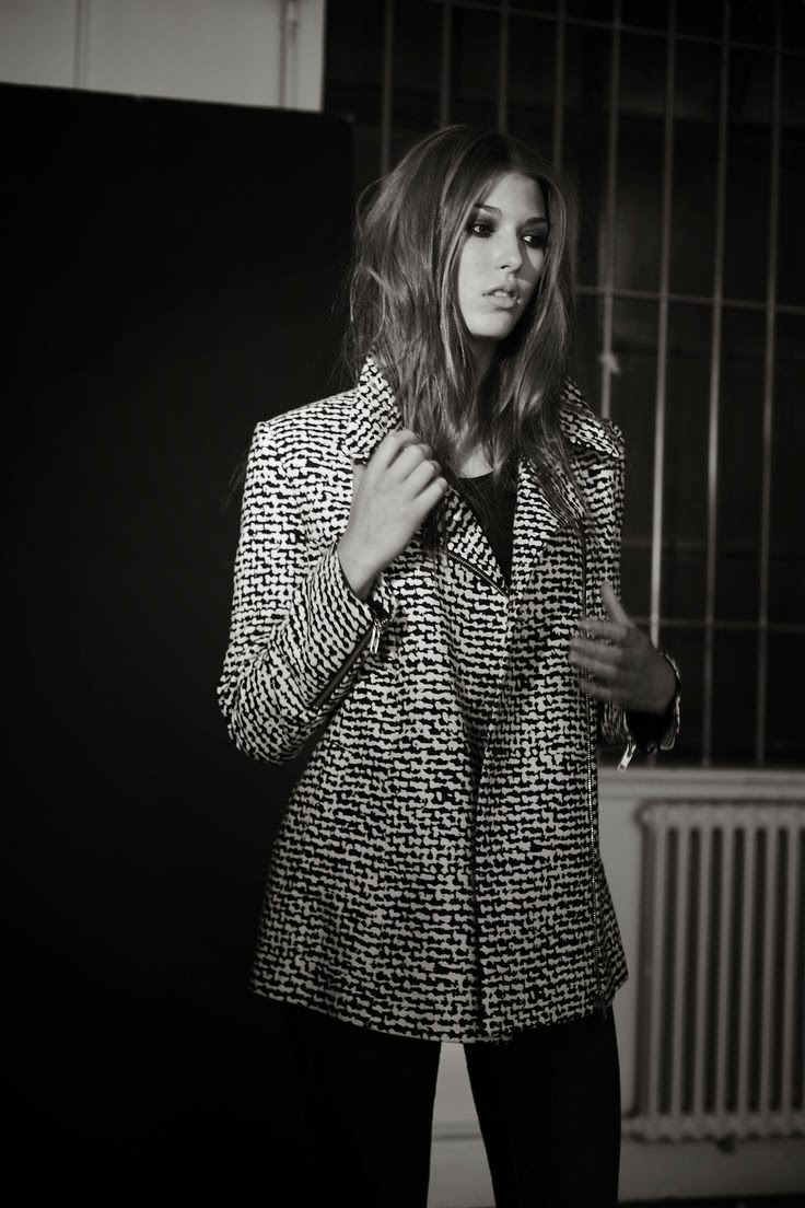 Vía Pinterest por Christa Jean Morin / Refined Style en http://www.reiss.com/eu/womens/coats-and-jackets/