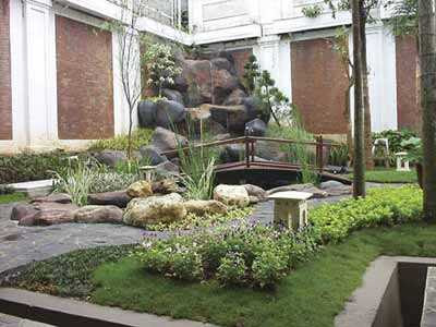 taman rumah kolam ikan kecil taman minimalis dalam ruangan