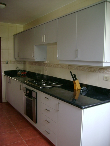 Anaqueles de cocina en guayaquil 042806464 for Medidas de anaqueles de cocina