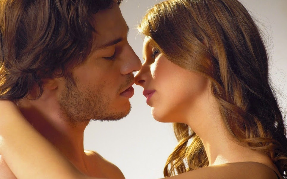 Dicas de beijo: Como beijar de língua?