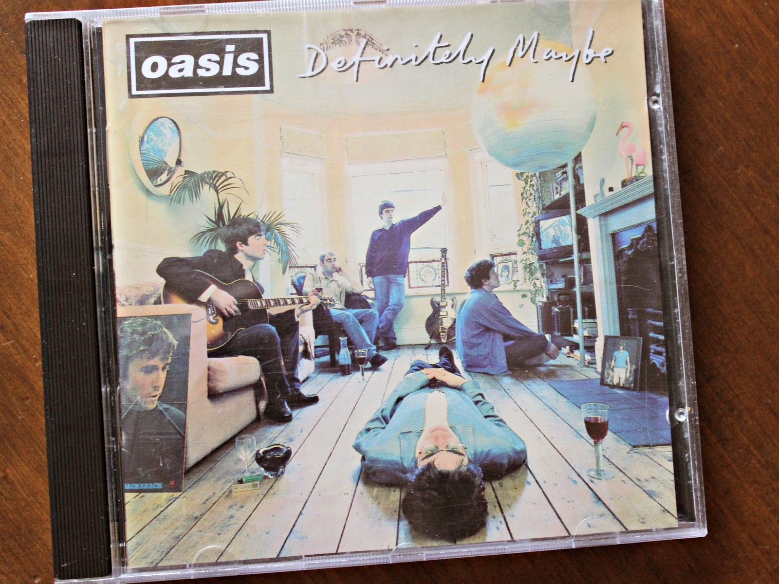 A picture of Oasis Definitely Maybe
