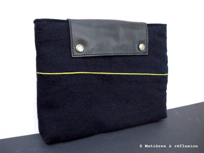 Pochette ipad navy laine marine