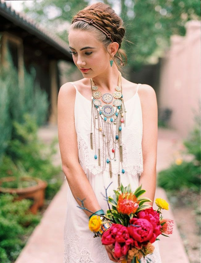 Boho Style Cute Girl Wearing Awsome Wooden And Silver Neckless