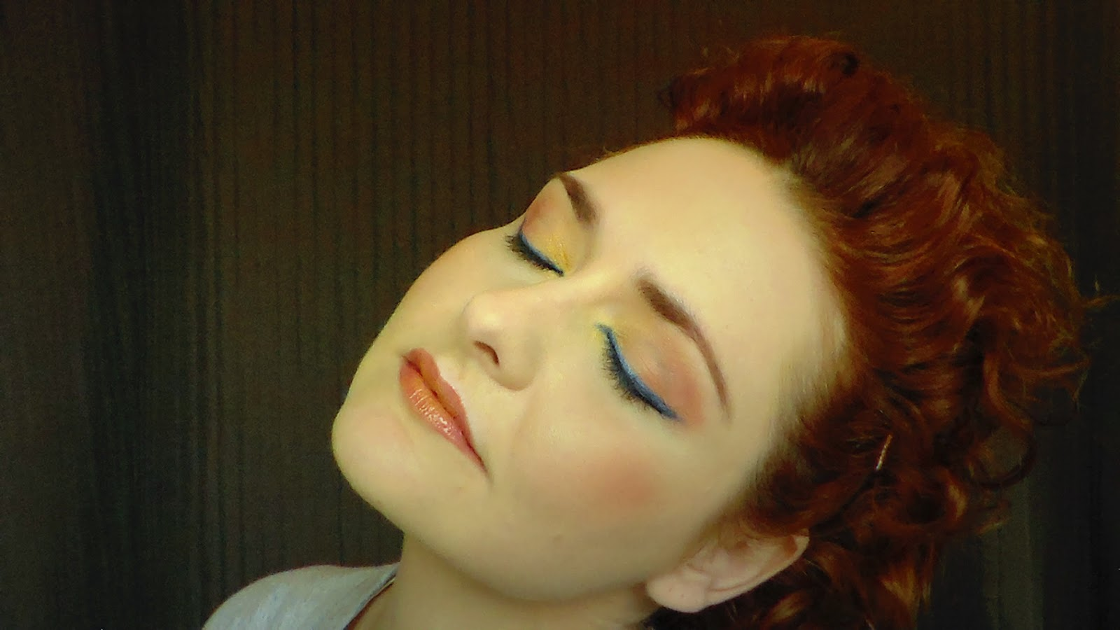 maquillaje noche, make up, rojo,azul,amarillo,blanco