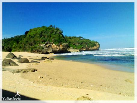 pantai trenggale gunungkidul
