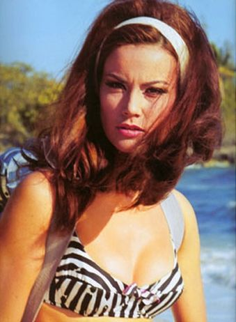 Claudine Auger Thunderball5