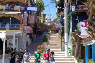 Κρήτη: Το ψαροχώρι που αντιστέκεται στην κρίση - Δείτε φωτό!