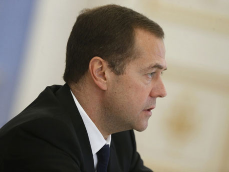 Medvedev urges the West to unite with Russia in the fight...