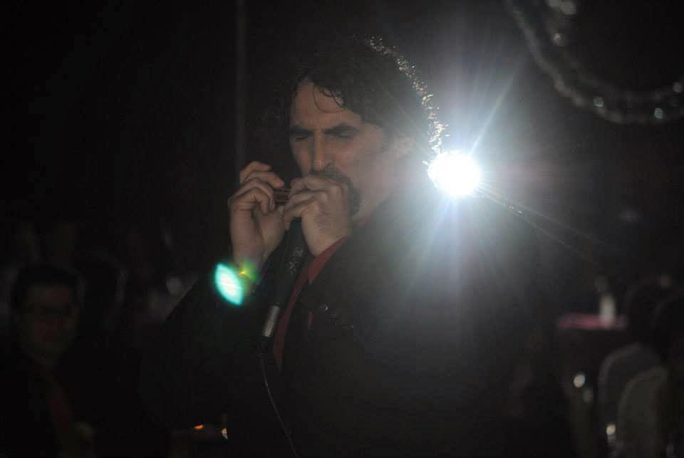 Roberto Galli y su armonica