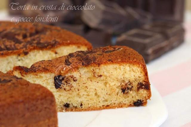 torta_in_crosta_di_cioccolato_e_gocce_fondenti