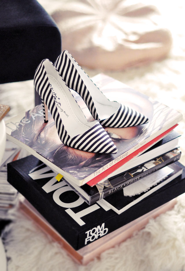 black and white striped heels, alice+olivia shoes