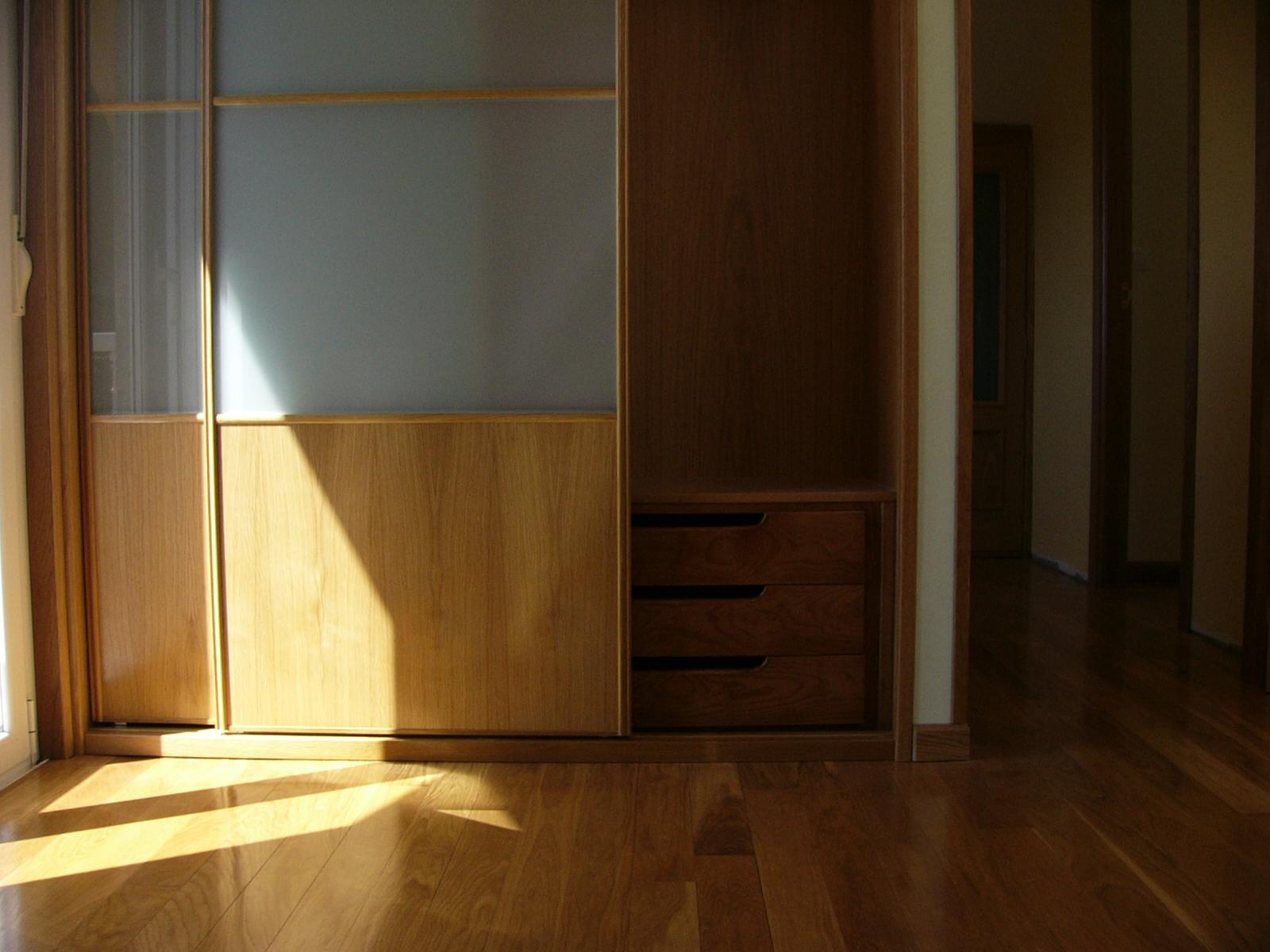 Sfc muebles sostenibles y creativos armarios for Muebles sostenibles