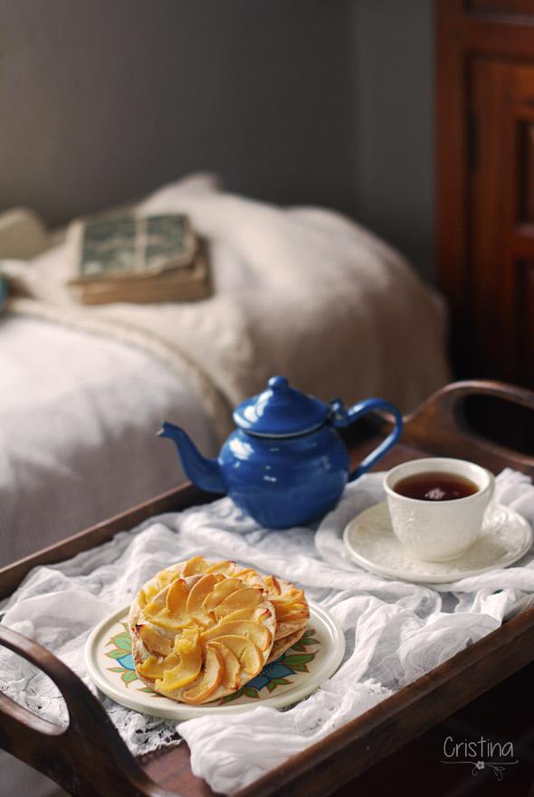 tartaletas de membrillos y té