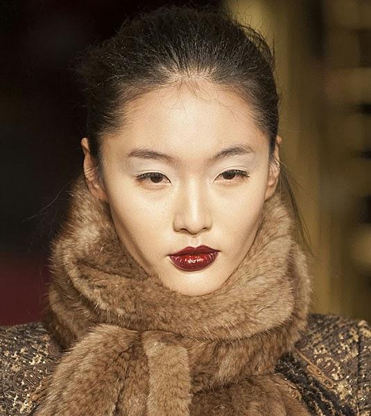 Burgundy Lips, wine lips, lipstick fall trend, fashiobnblogger,n fashionblog colombia, beauty inspiration fall, burgundy lips