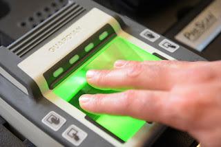 Mesin Absensi Biometrik