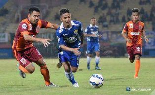 Persib vs Pusamania Borneo