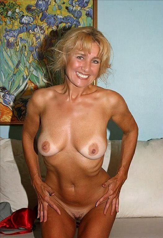 Фото взрослые бабы голые