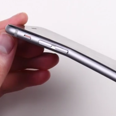 Video, body iPhone 6 Plus ternyata mudah melengkung