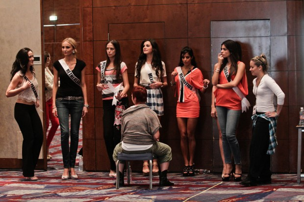 Miss Universe 2011 Contestants exercises17