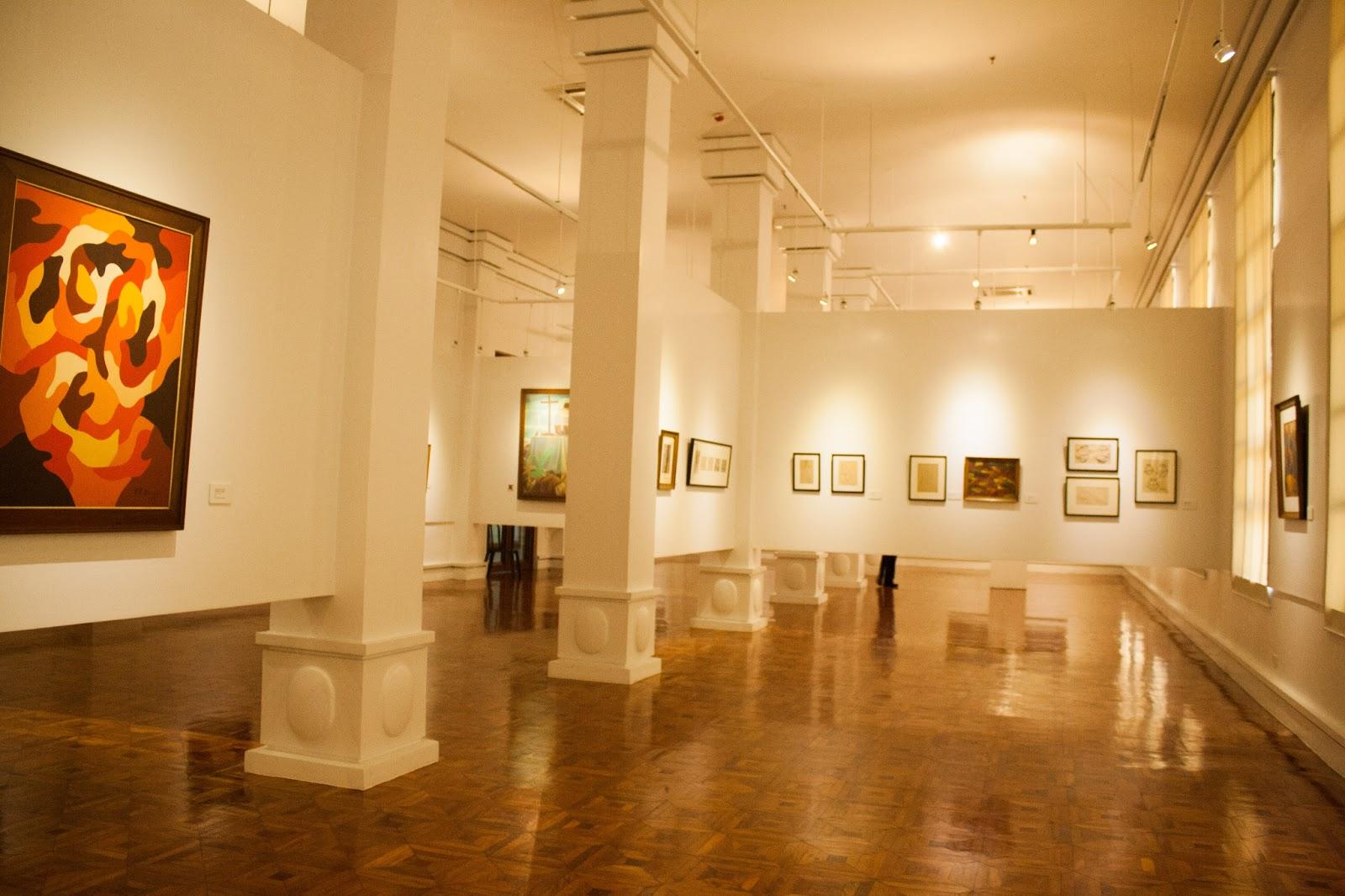 Wallflower Greenhouse: Solitary Walk: The National Art Gallery