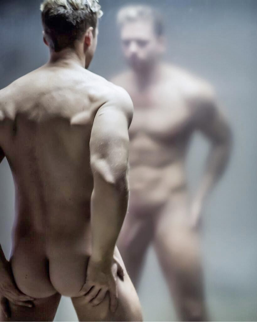 Old man model nude